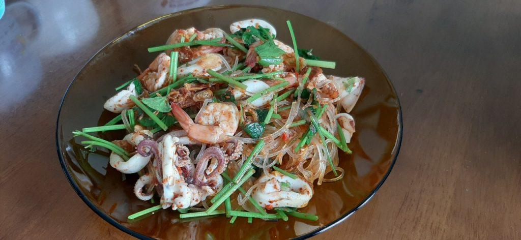 Miến trộn hải sản chua ngọt